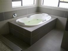 Modern Jacuzzi bath