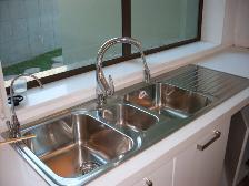 Stainless steel kitchen basin